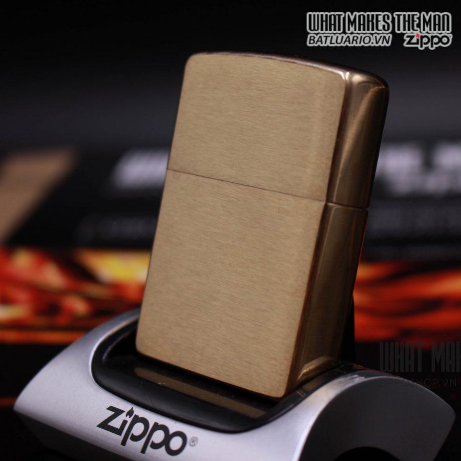 ZIPPO 204B – ZIPPO BRUSHED BRASS