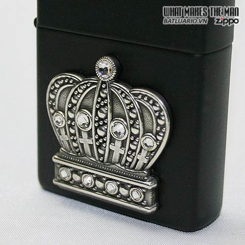 Zippo 21202 - Zippo The King of Bling Emblem Black Matte