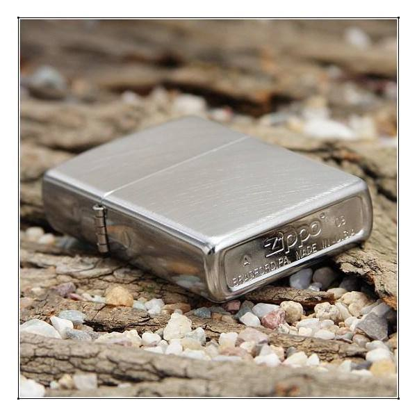 ZIPPO 24647 – ZIPPO CHROME ARCH BRUSHED CHROME 2