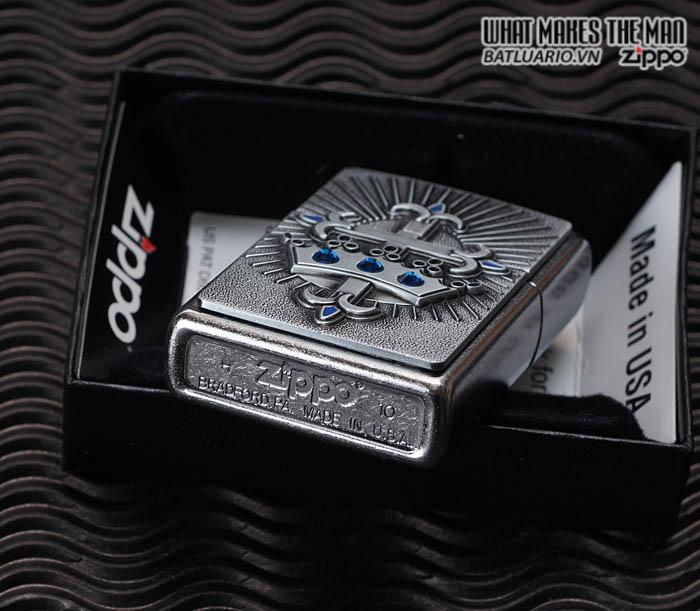 Zippo 24875 - Zippo Cross and Crown Emblem Street Chrome