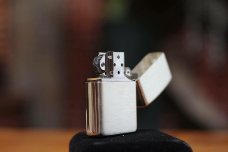 Zippo 27 - Zippo Armor Brushed Sterling Silver 6