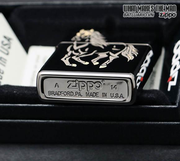 ZIPPO 28645 – ZIPPO RUNNING HORSE BLACK ICE 2