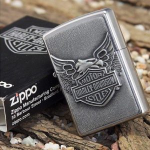 Zippo 20230 - Zippo Iron Eagle Emblem Street Chrome 3