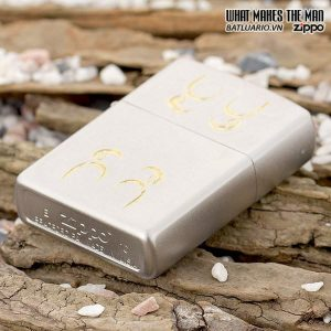 Zippo 24906 – Zippo Gold Scroll Satin Chrome 1