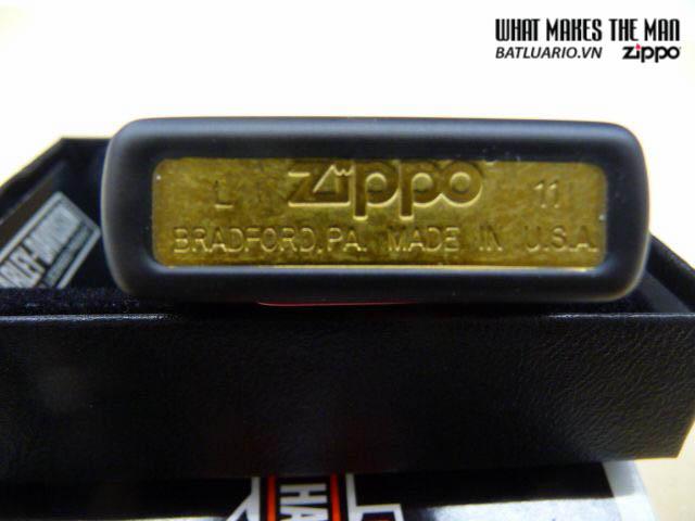 Zippo 28085 – Zippo Harley Davidson Skull and Ribcage Black Matte