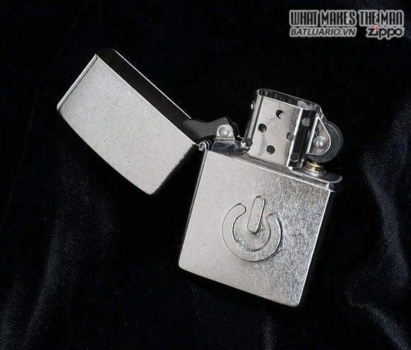 Zippo 28329 – Zippo Power Button Street Chrome 2