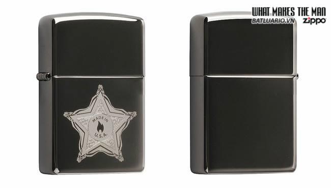 Zippo 28360 – Zippo Skull Badge Black Ice