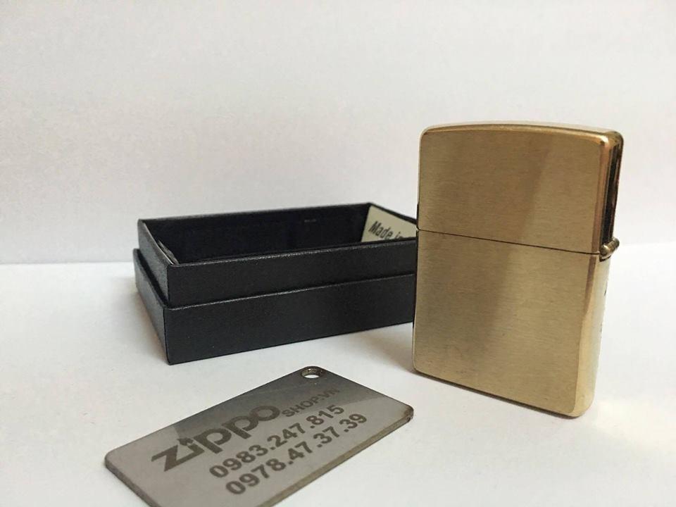 Zippo 28377 - Zippo Damask Brushed Brass 4