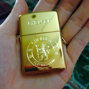 Zippo Khắc Logo Chelsea 02 – Zippo 254B.CHE02