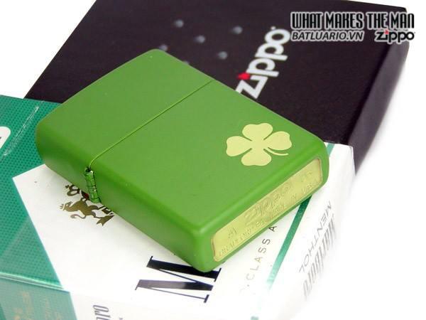 Zippo 21032 – Zippo Lucky Clover – Shamrock Green Matte