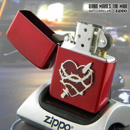 Zippo 21081 – Zippo Heart Attack Candy Apple Red 1