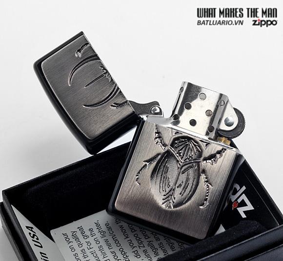 Zippo 21099 – Zippo Scarrab Emblem Licorice Matte 1