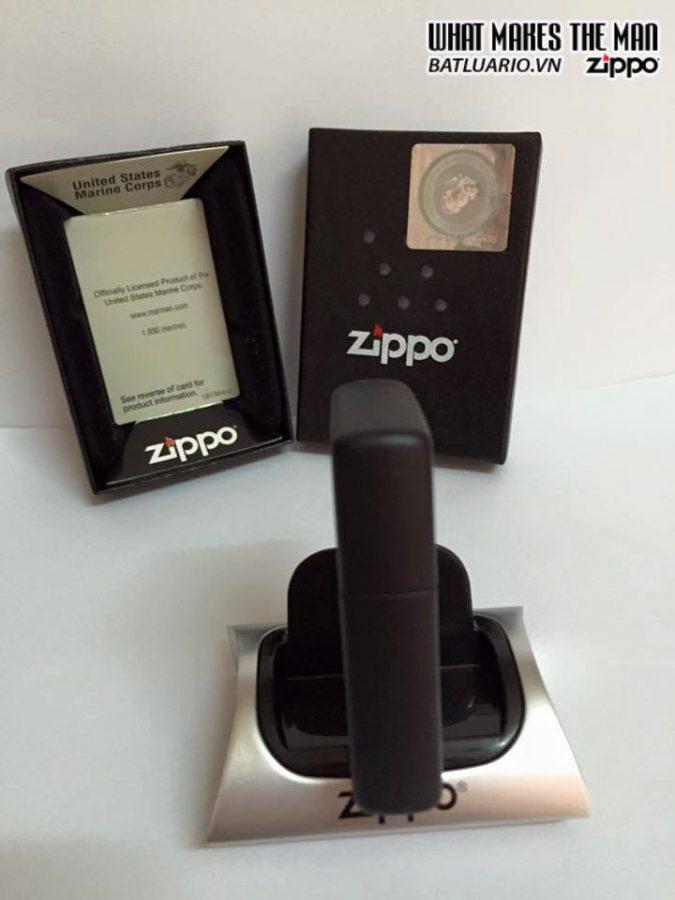 Zippo 218.539 – Zippo US Marines Black Matte 3