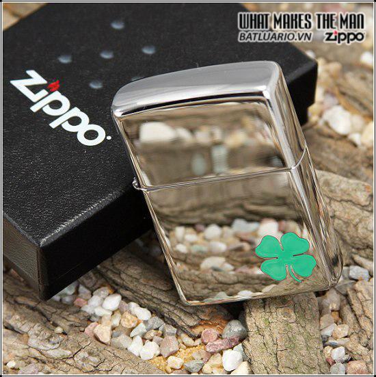 Zippo 24007 – Zippo A Bit O' Luck Clover Polished Chrome 1
