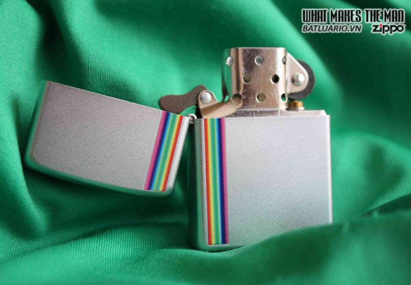 Zippo 24340 – Zippo Lighter Colorz Satin Chrome 2