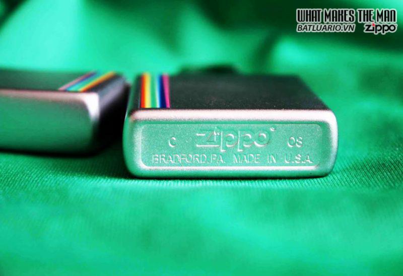 Zippo 24340 – Zippo Lighter Colorz Satin Chrome 1