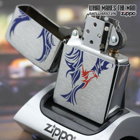 Zippo 24523 – Zippo Tattoo Eagle Brushed Chrome