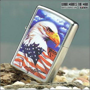 Zippo 24764 – Zippo Mazzi Freedom Watch Street Chrome