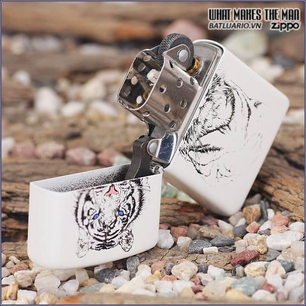 Zippo 24810 – Zippo White Tiger Matte