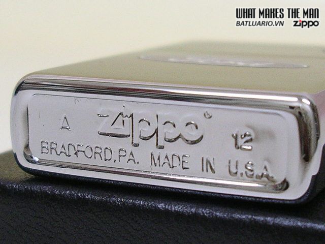 Zippo 250F.957 – Zippo Ford Oval High Polish Chrome 1