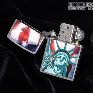 Zippo 28282 – Zippo Statue of Liberty Flag Brushed Chrome