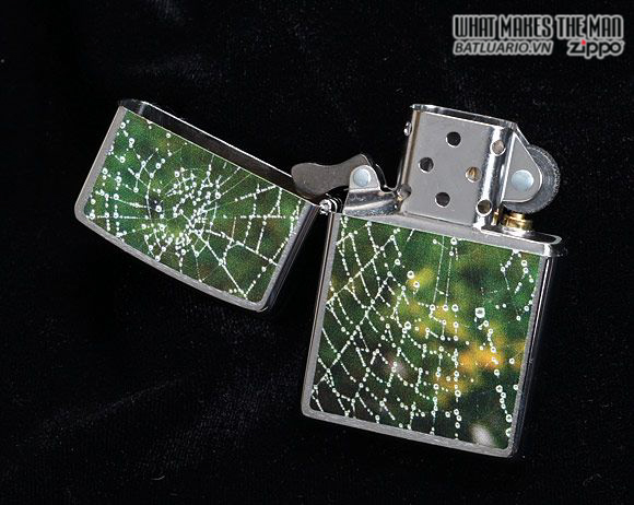 Zippo 28285 – Zippo Spider Web Rain Drops Brushed Chrome 2