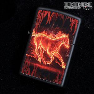 Zippo 28304 – Zippo Horse Flaming Black Matte