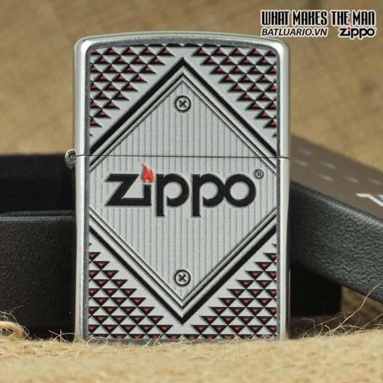 Zippo 28465 – Zippo Red And Chrome Triangles Street Chrome 2