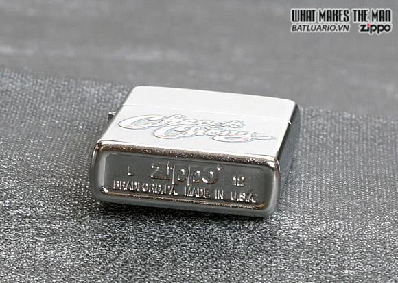 Zippo 28475 – Zippo Cheech and Chong White and Red Street Chrome