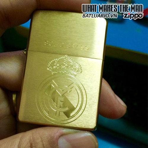 Zippo Khắc Logo Real Madrid - 204.RMA