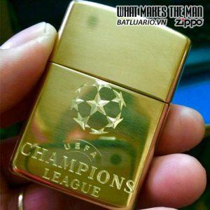 Zippo Khắc Logo UEFA Champions League - Zippo 254B.UEFA