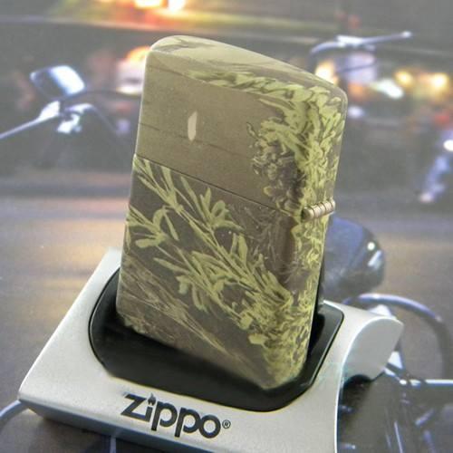 Zippo 24072 – Zippo Realtree Advantage Max 3