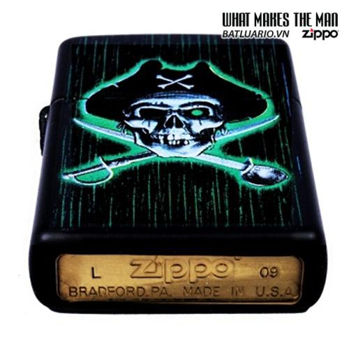 Zippo 24261 – Zippo Pirate Skull And Cross Swords Black Matte 1