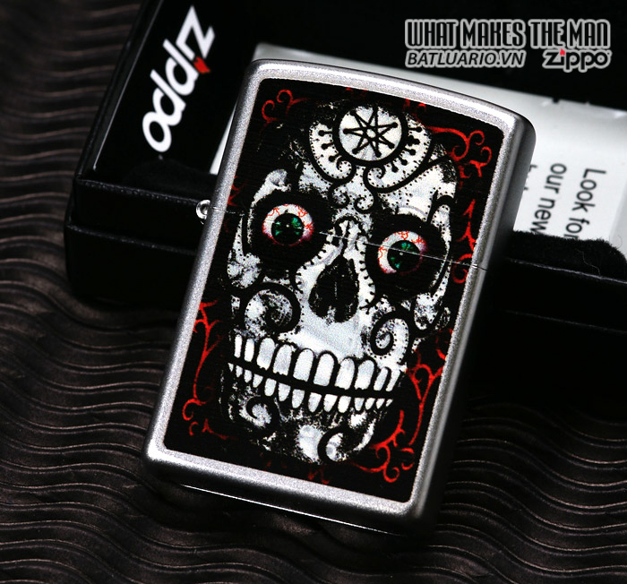 Zippo 24883 – Zippo Day of the Dead Skull Satin Chrome