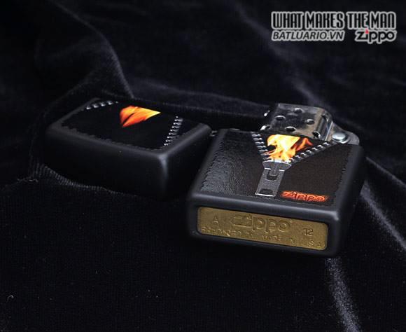 Zippo 28309 – Zippo Zipped Black Matte