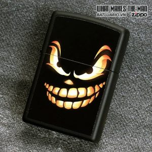 Zippo 28439 – Zippo Scary Jack o Lantern Black Matte 2