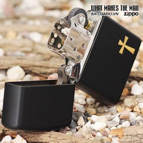 Zippo 24721 – Zippo Holy Cross Black Matte 1