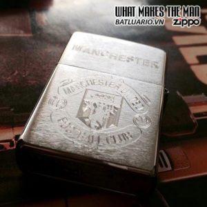 Zippo Khắc Logo Manchester United 03 – Zippo 200.MU03
