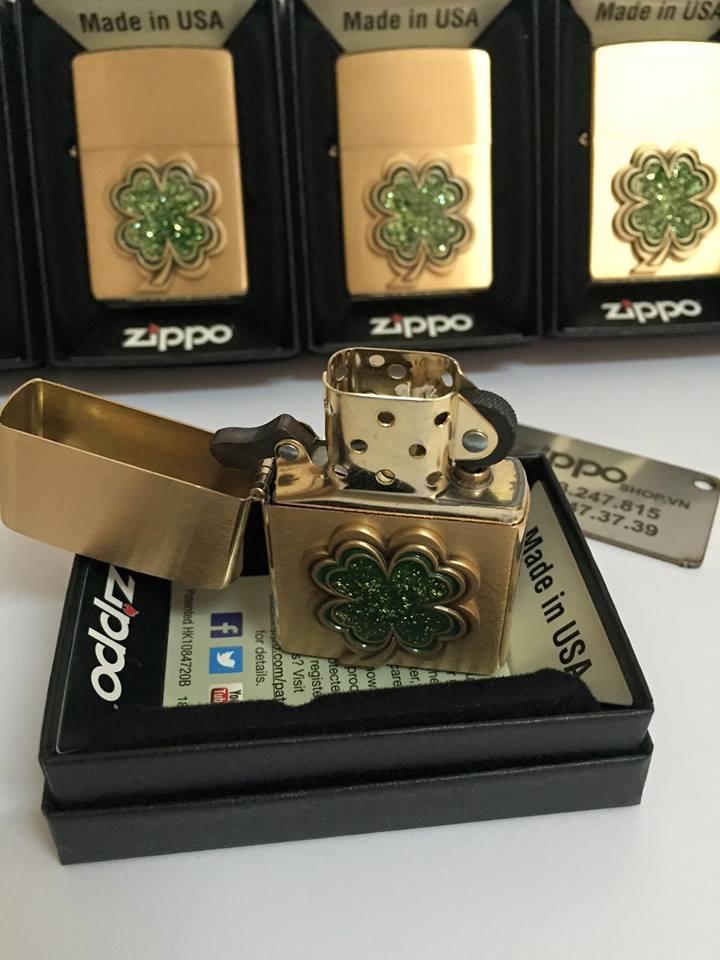 Zippo 28806 - Zippo Four Leaf Clover ( Shamrock ) Emblem Brushed Brass 2