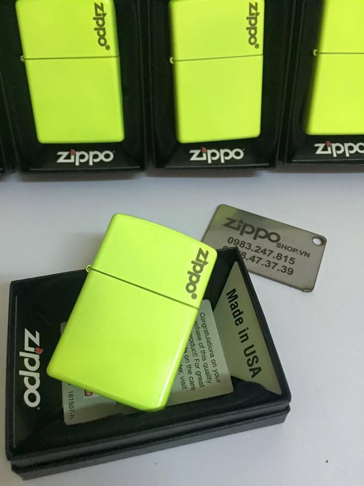 Zippo 28887ZL - Zippo Plain with Logo Neon Yellow Matte 1