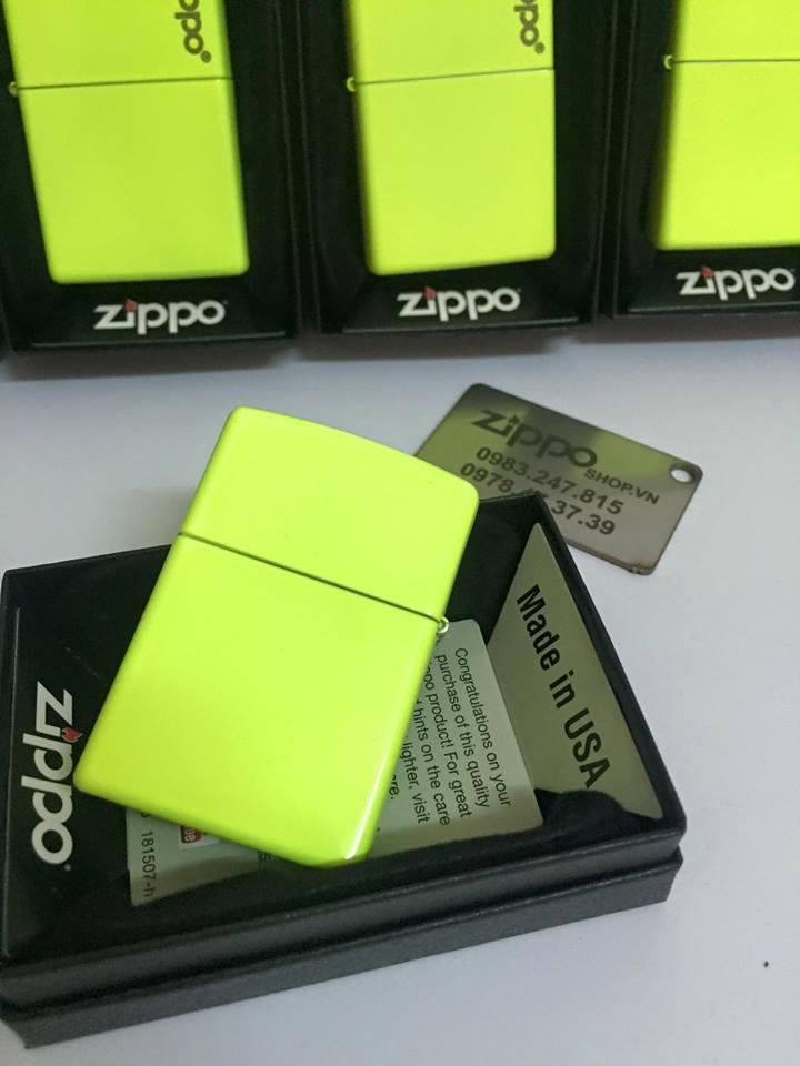 Zippo 28887ZL - Zippo Plain with Logo Neon Yellow Matte 2