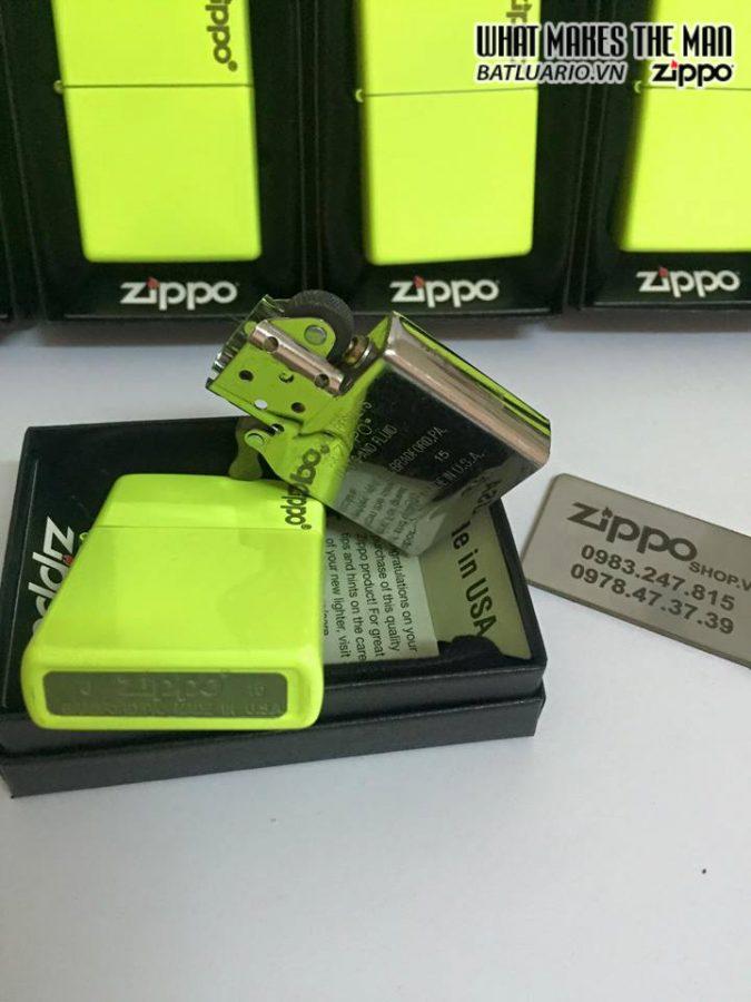 Zippo 28887ZL – Zippo Plain with Logo Neon Yellow Matte