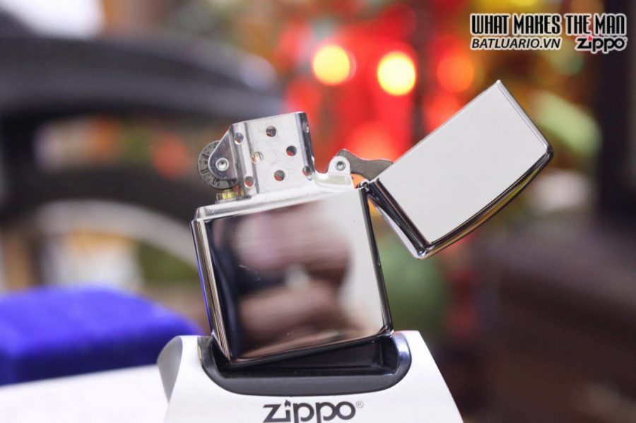 ZIPPO 167 COILS & COLOR HIGH POLISH CHROME 2