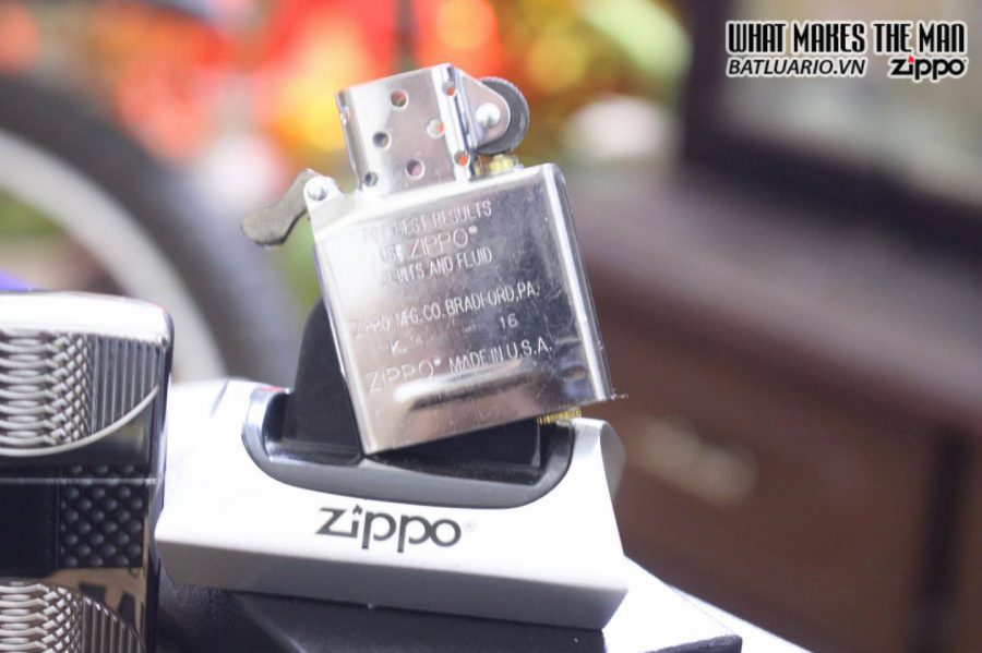 ZIPPO 167 COILS & COLOR HIGH POLISH CHROME 4