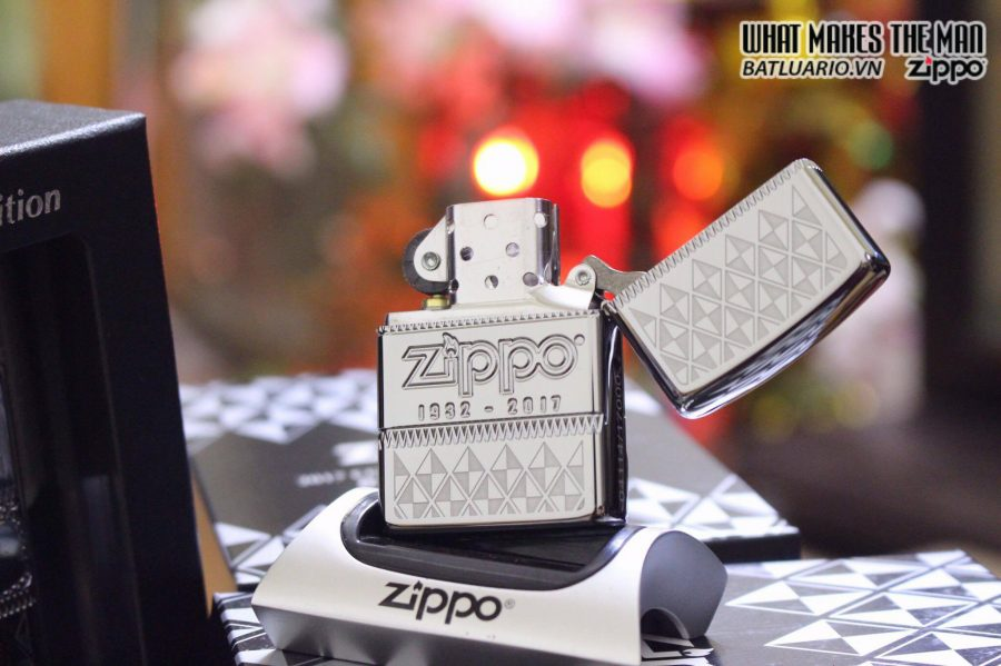 ZIPPO 29442 – ZIPPO 85TH ANNIVERSARY COLLECTIBLE OF THE YEAR 2017 – COTY 2017 4