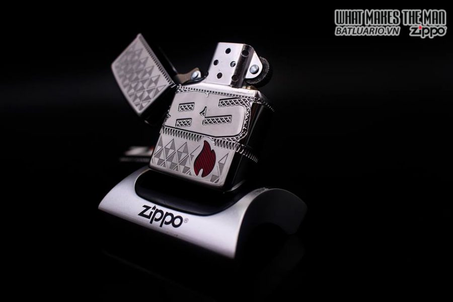 ZIPPO 29442 – ZIPPO 85TH ANNIVERSARY COLLECTIBLE OF THE YEAR 2017 – COTY 2017 10