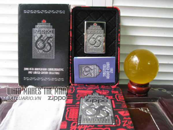 ZIPPO COTY 1997 - Zippo's 65th Anniversary 1