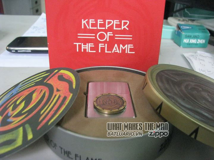 ZIPPO COTY 2000 - Keeper of the Flame 3