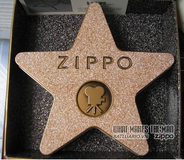 ZIPPO COTY 2001 - Hollywood's Leading Light 1
