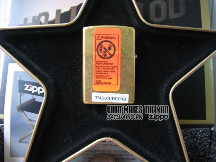 ZIPPO COTY 2001 - Hollywood's Leading Light 3